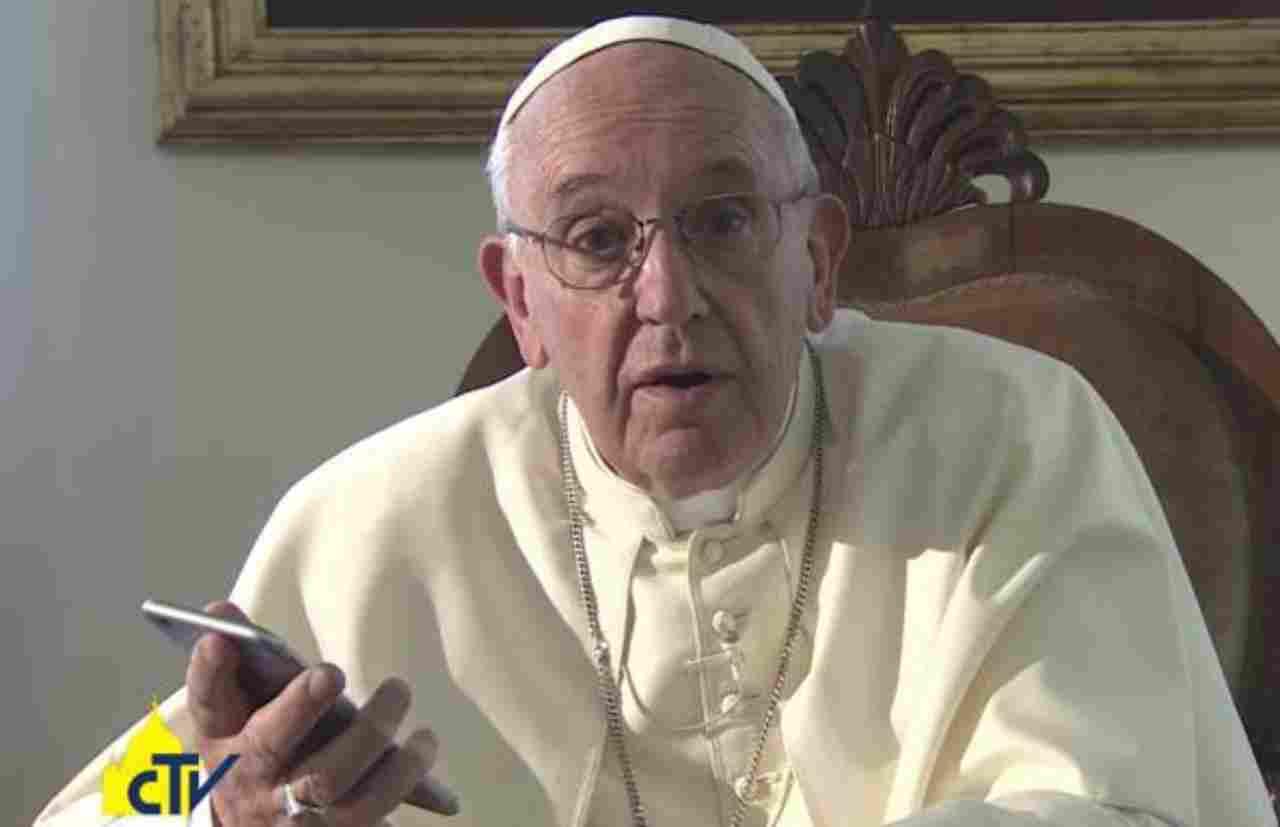 Papa Francesco Vangelo Cellulare