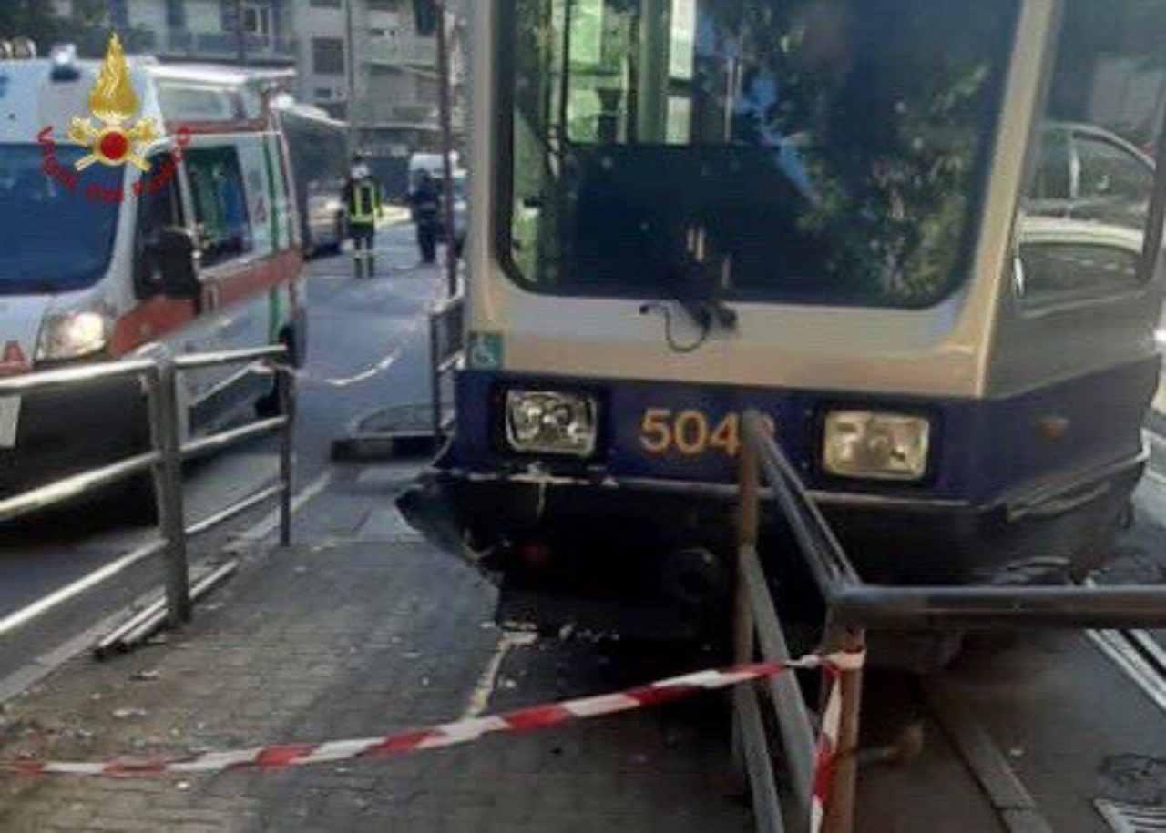 Torino martello deragliamento tram