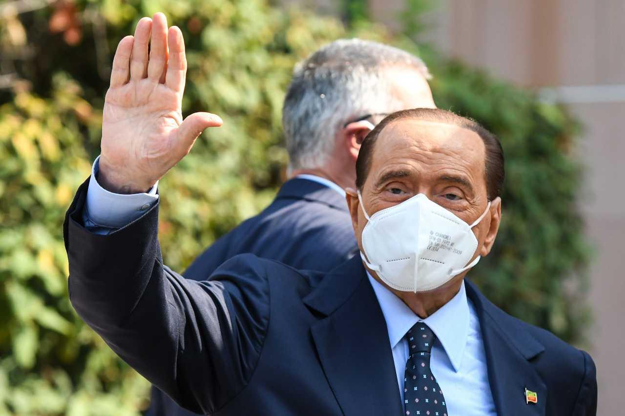 Coronavirus Berlusconi nozze Luigi