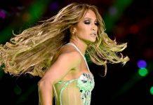 Jennifer Lopez nuda
