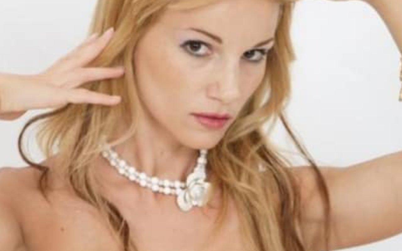 Barbara Exignotis blondie