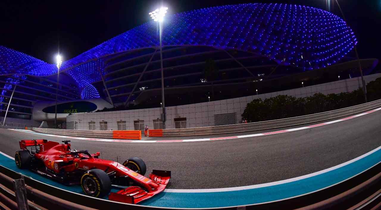 Vettel Ferrari canta Azzurro