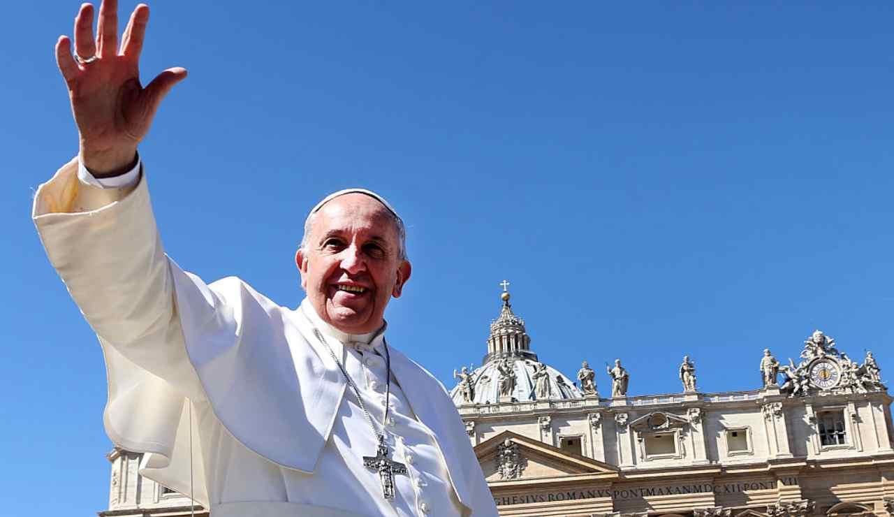 papa francesco compie 84 anni