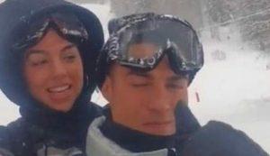 Cristiano Ronaldo sulla neve a Courmayeur: violata la zona arancione