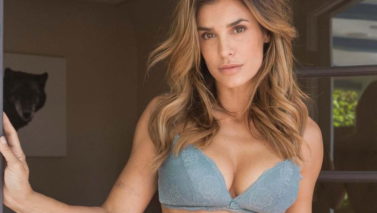Elisabetta Canalis post instagram bikini