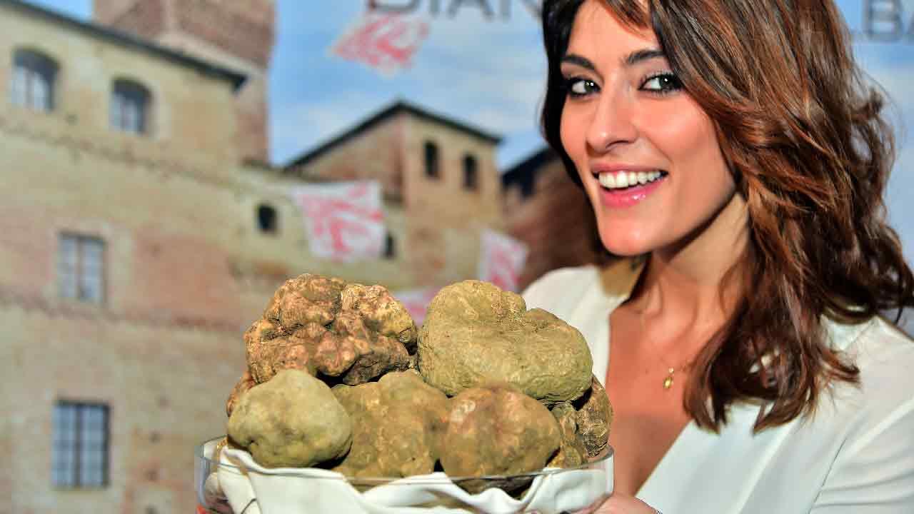 Elisa Isoardi scelta per un nuovo programma su Rete 4