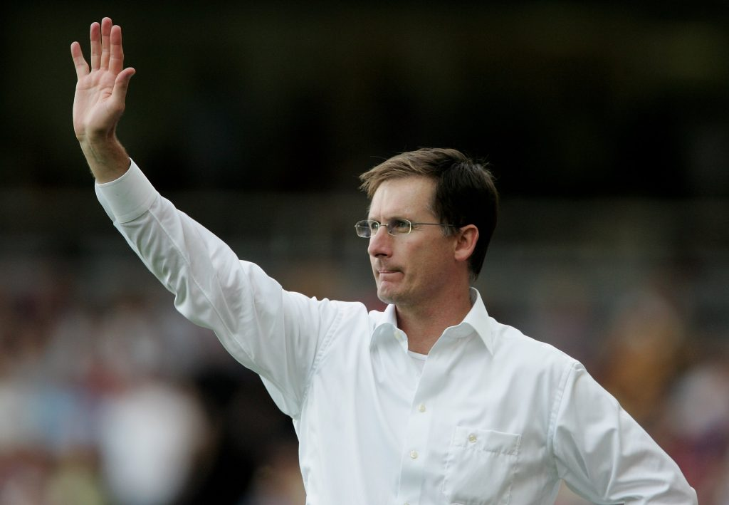 Glenn Roeder, ex tecnico del West Ham, morto a 65 anni a causa di un tumore al cervello