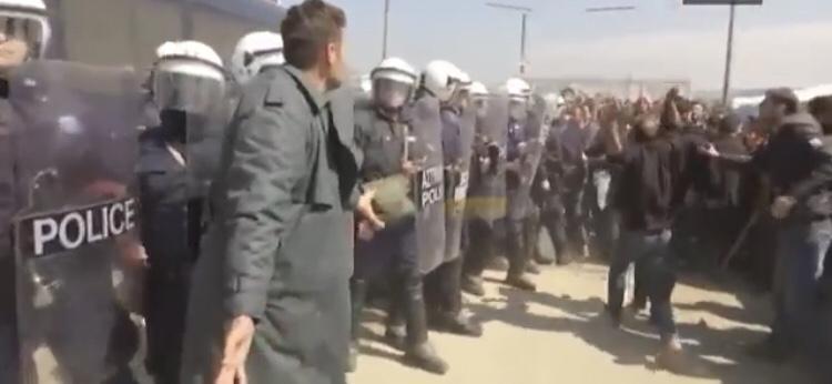 Polizia Grecia proteste disegno di legge