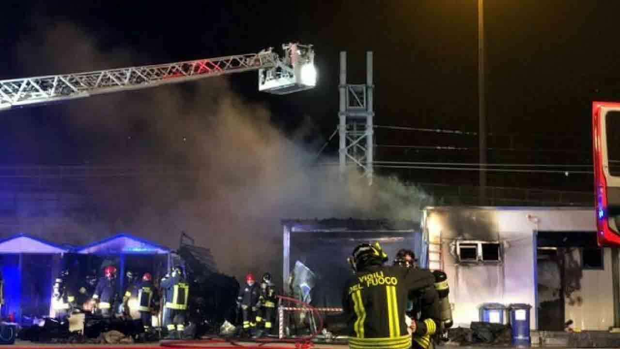 Ancona, il secondo incendio a Marina Dorica
