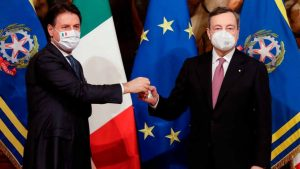 governo, inizia l'era draghi: applausi per conte, casalino in lacrime