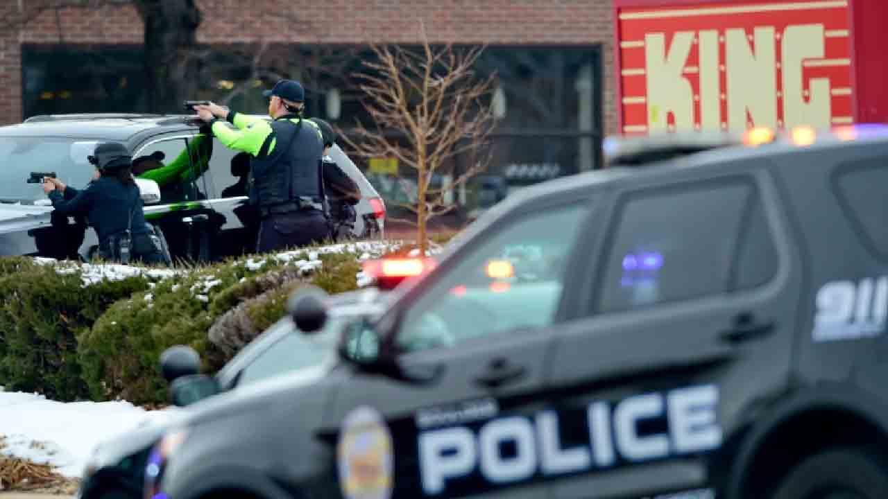Sparatoria a Boulder, un uomo uccide 6 persone in un market (Denverpost.com)