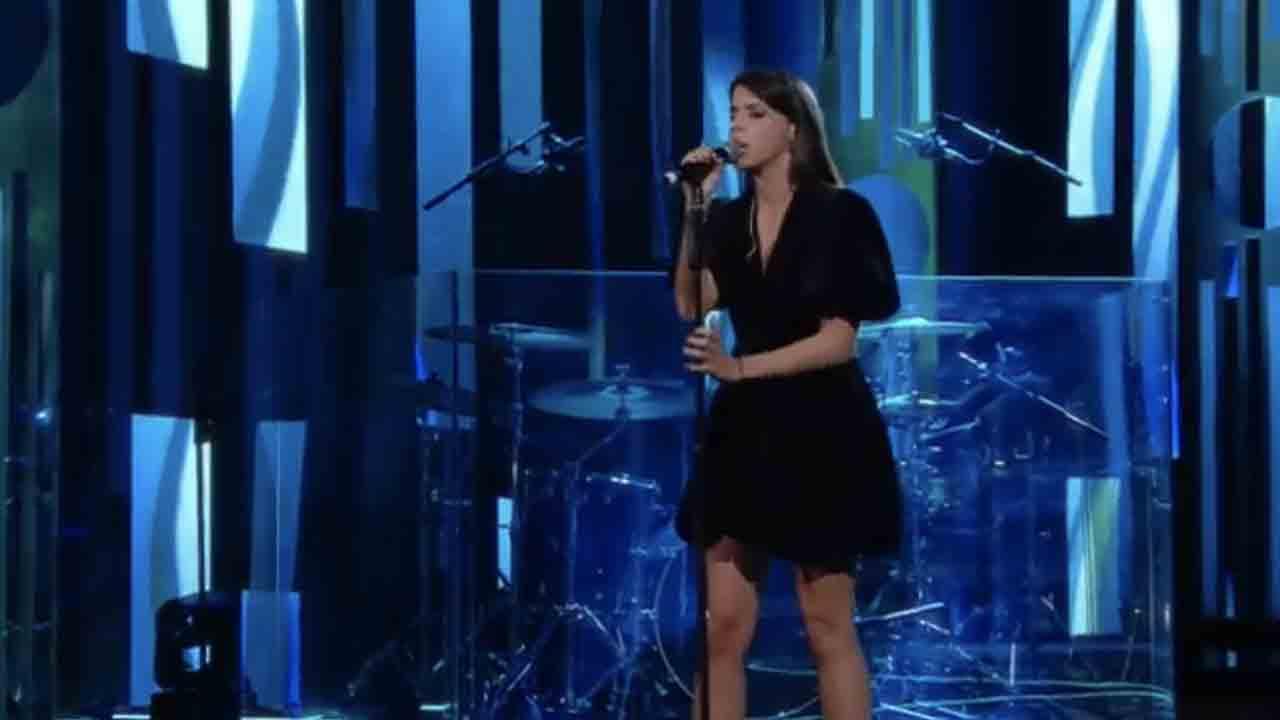 Sanremo 2021, Greta Zuccoli chi è, carriera e successi della cantante napoletana (Rai Play)