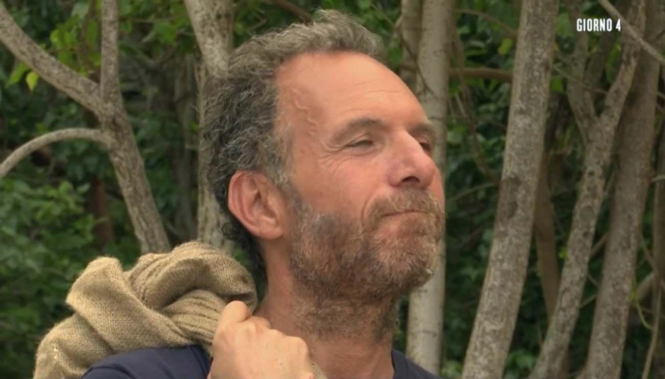 Isola Famosi abbandono Guglielmotti espulsione staff