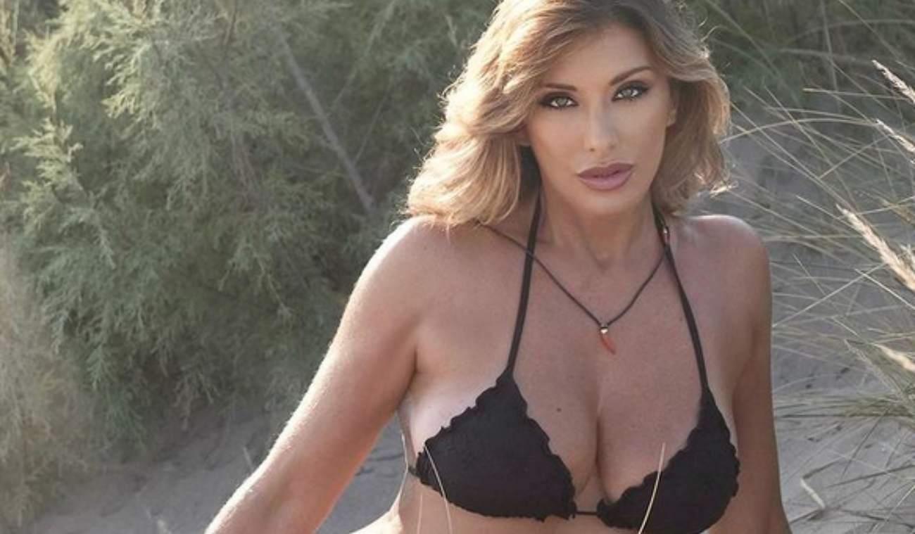 Sabrina Salerno nuda