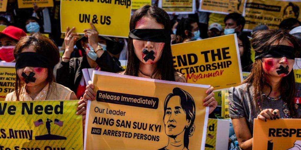 Myanmar: le donne guidano le proteste, 1 morto e 30 feriti, l'Onu non interviene