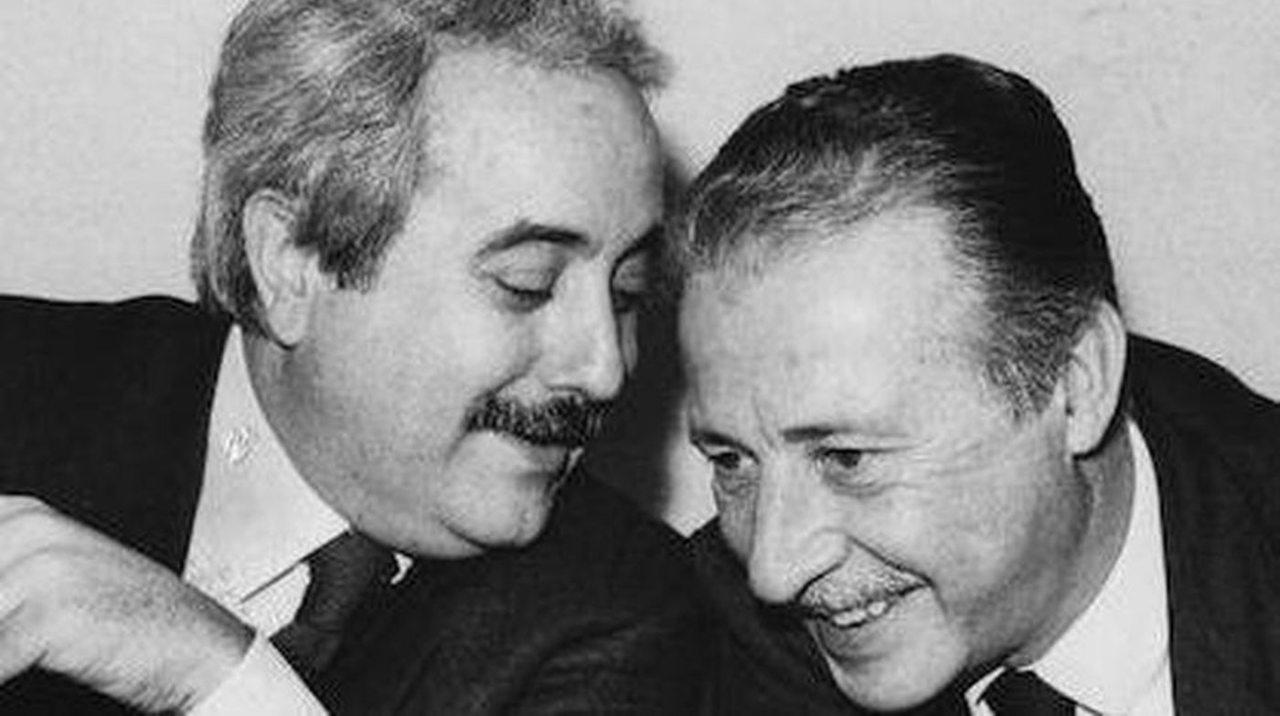 Giovanni Falcone e Paolo Borsellino sorridenti