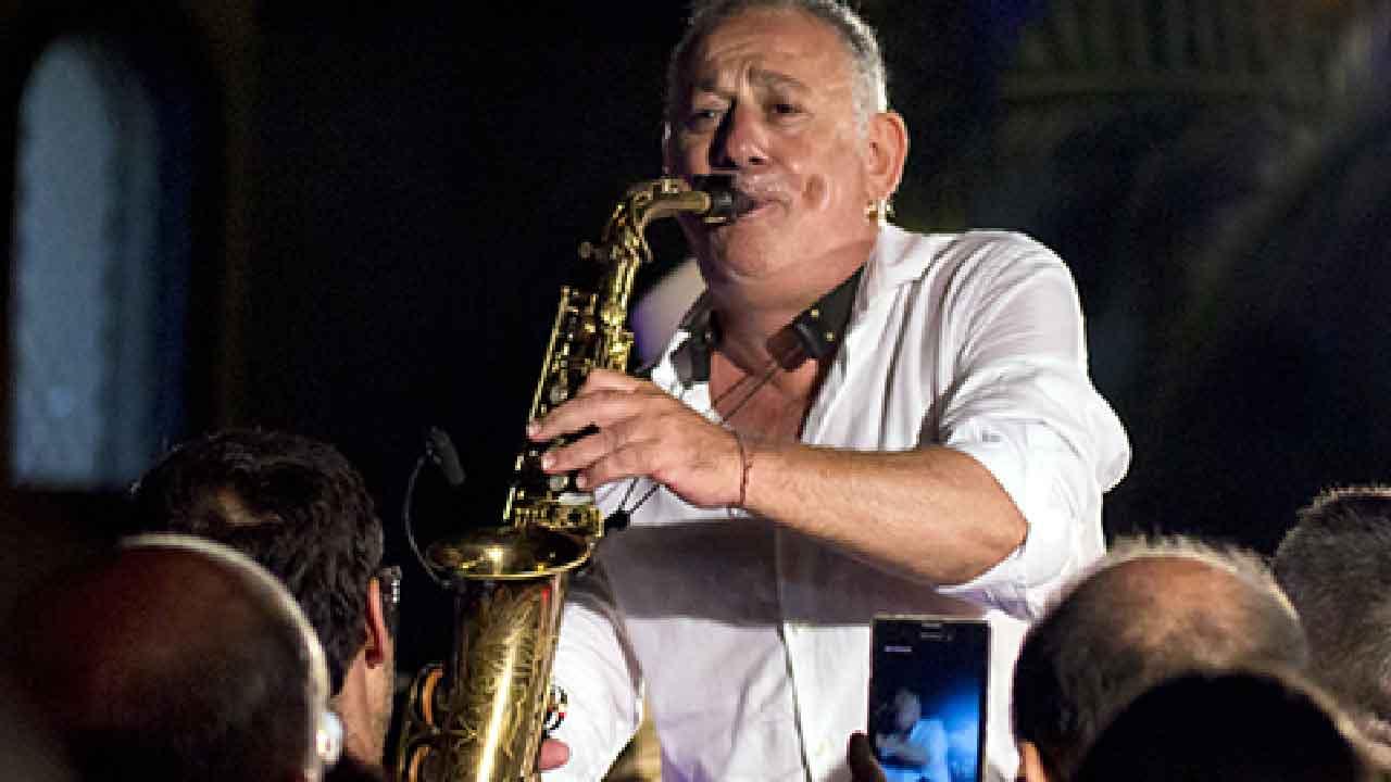 Marco Zurzolo, chi è il sassofonista jazz italiano, carriera e successi (Pomiglianojazz)
