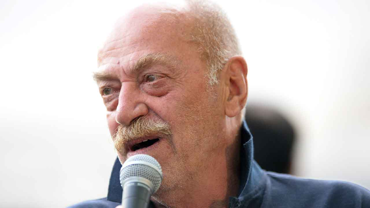 Toni Capuozzo, chi è il giornalista di guerra italiano (Getty Images)