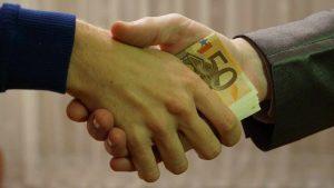 Corruzione: arrestati il gip De Benedictis e l'avvocato Chiariello
