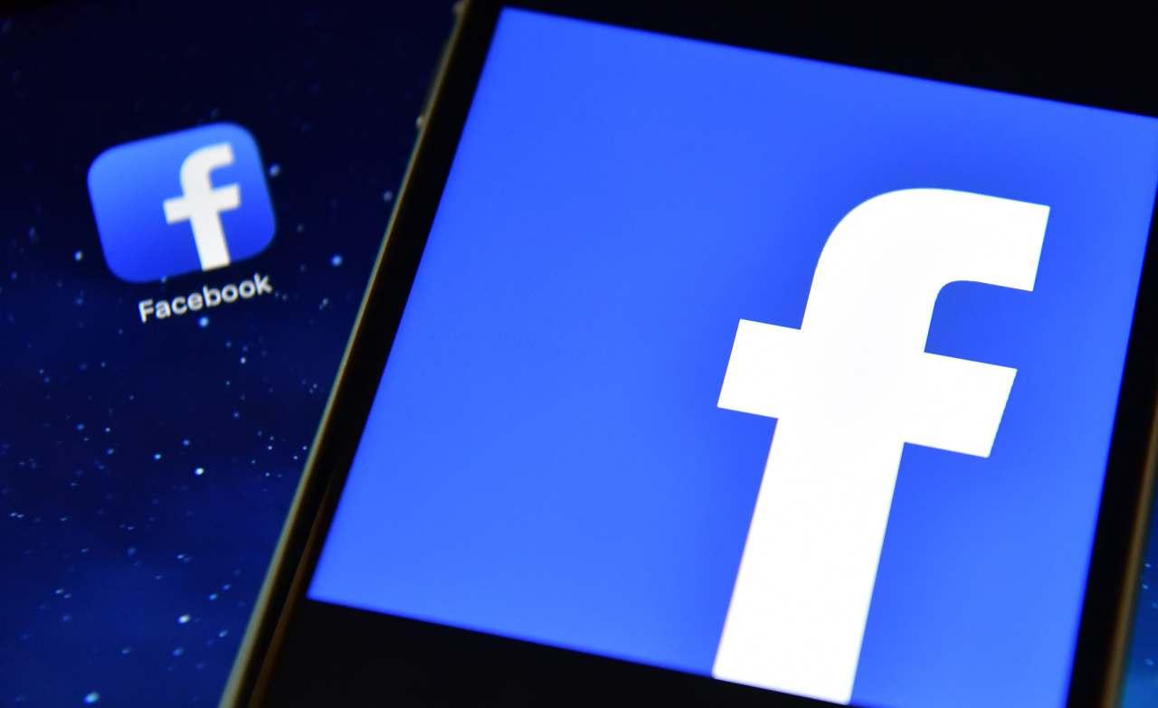 Facebook contro Clubhouse