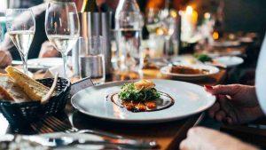 rubiera, cena di laura con pernottamento fa scoppiare la polemica
