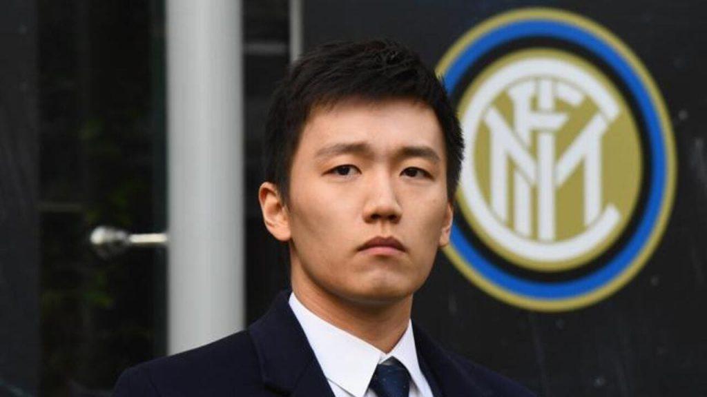 Inter, Zhang indeciso: vendere o ascoltare i tifosi nerazzurri?