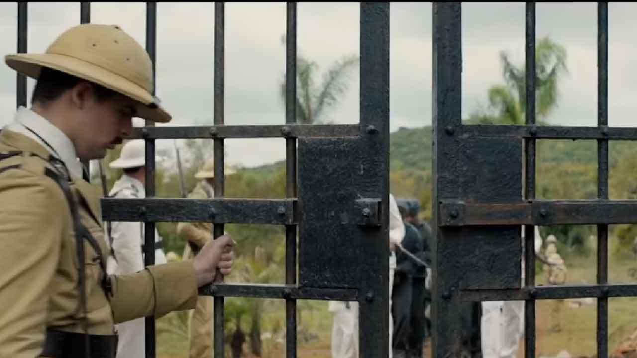 Papillon, la storia vera di Henri Charrière tenuto prigioniero ingiustamente sull'Isola del Diavolo (Screenshot)