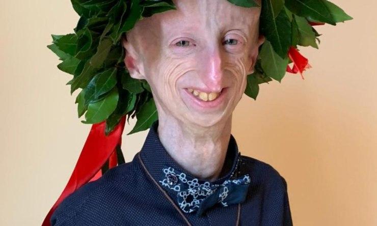 Sammy Basso sorridente