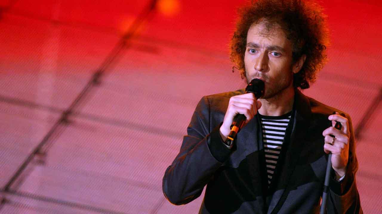 """Tricarico, chi è il cantante famoso per il brano """"Io sono Francesco"""" (Getty Images)"""