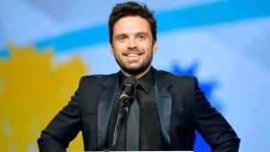 Sebastian Stan si trasforma per la serie sul sex tape di Pamela Anderson – FOTO