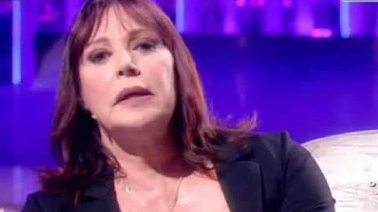 Viola Valentino, la cantante di Comprami e la battaglia contro il cancro