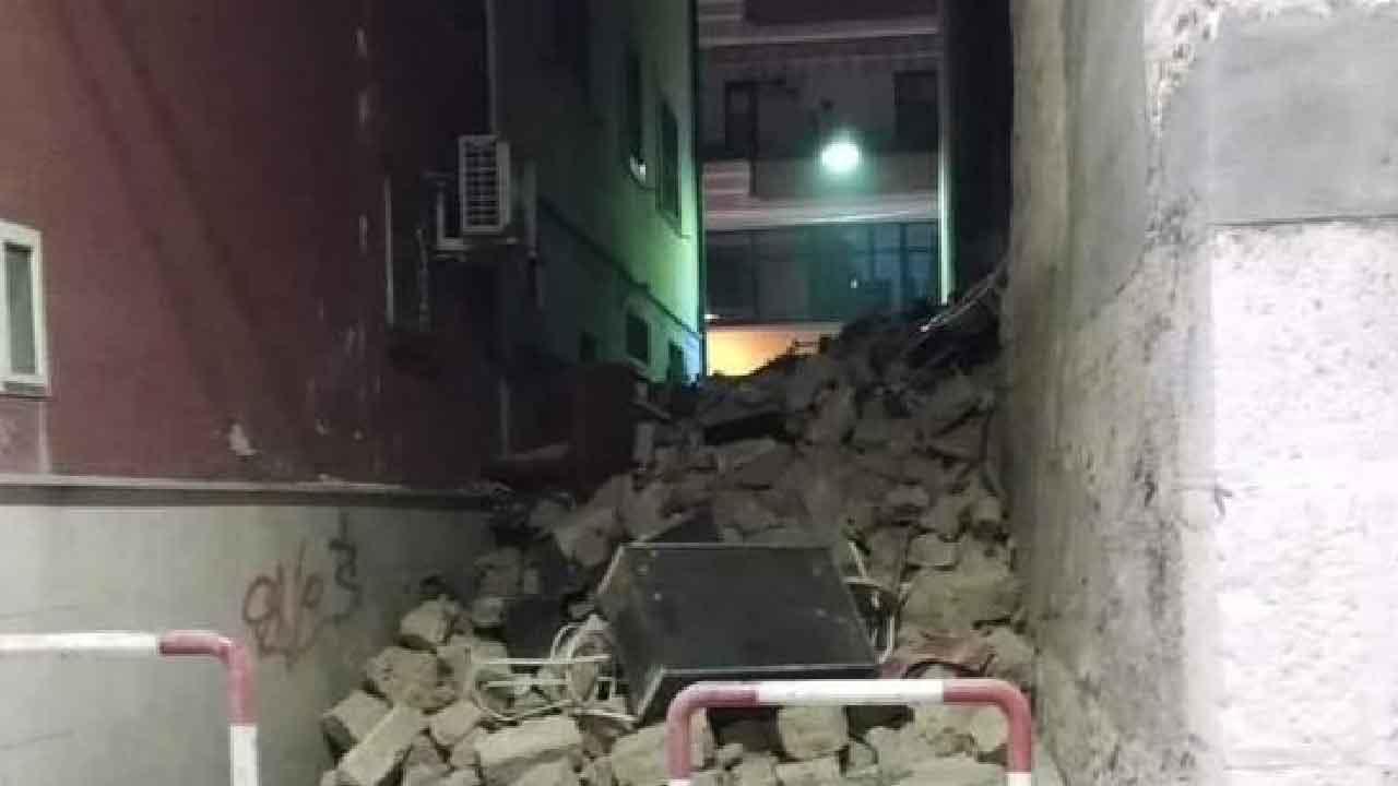 Barletta, crolla una palazzina nel centro in una traversa di Via Roma