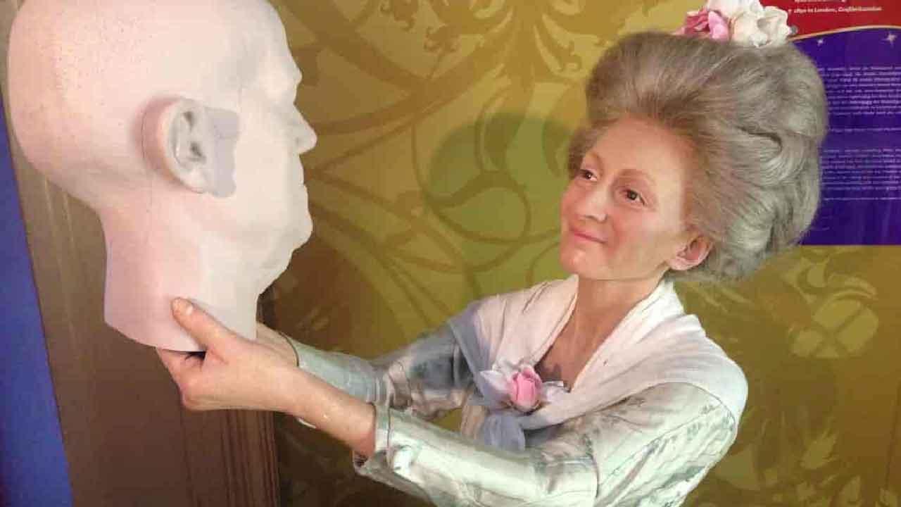 Madame Tussaud, la storia della donna imprenditrice di cere (Web)