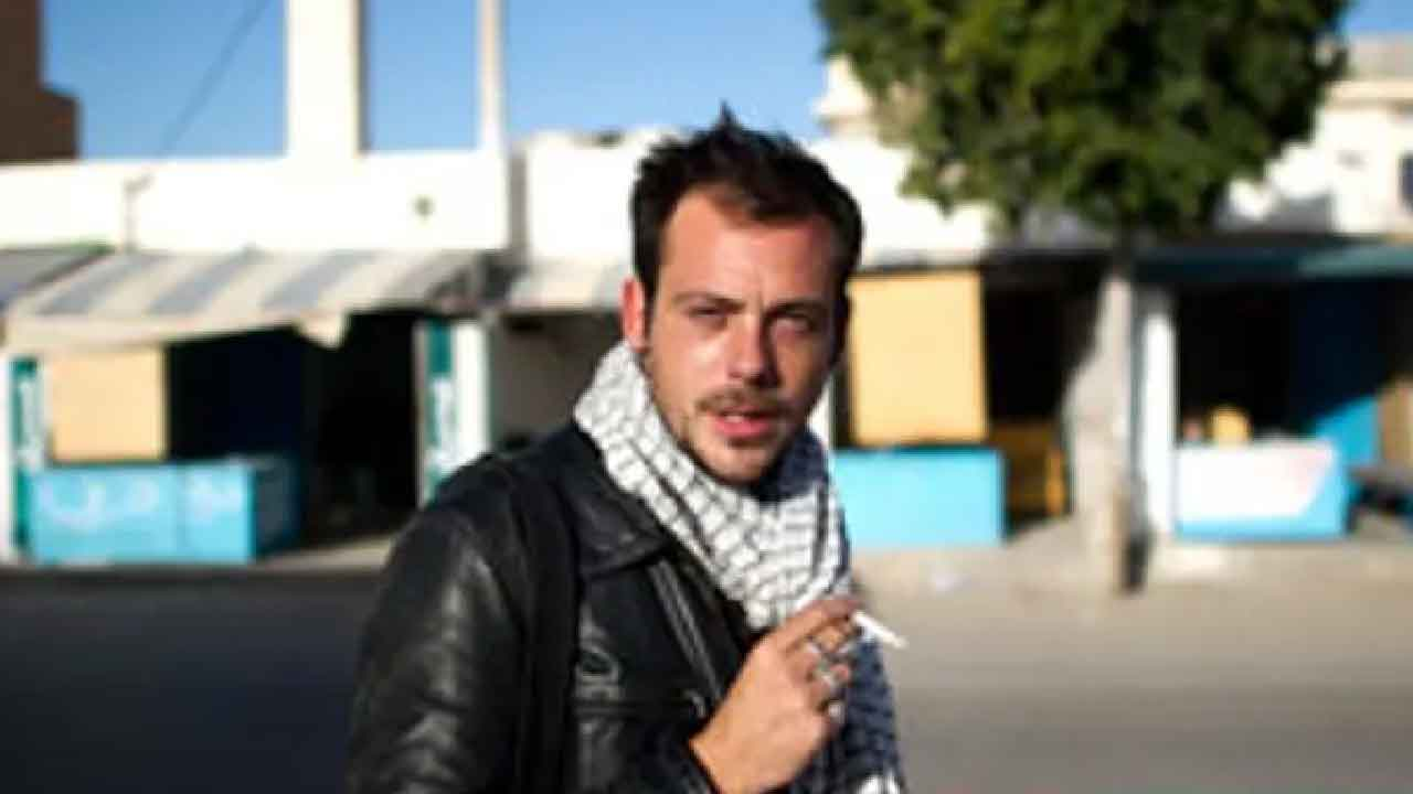 Remi Ochilik, chi era il fotografo rimasto ucciso nei bombardamenti di Homs (The Guardian)
