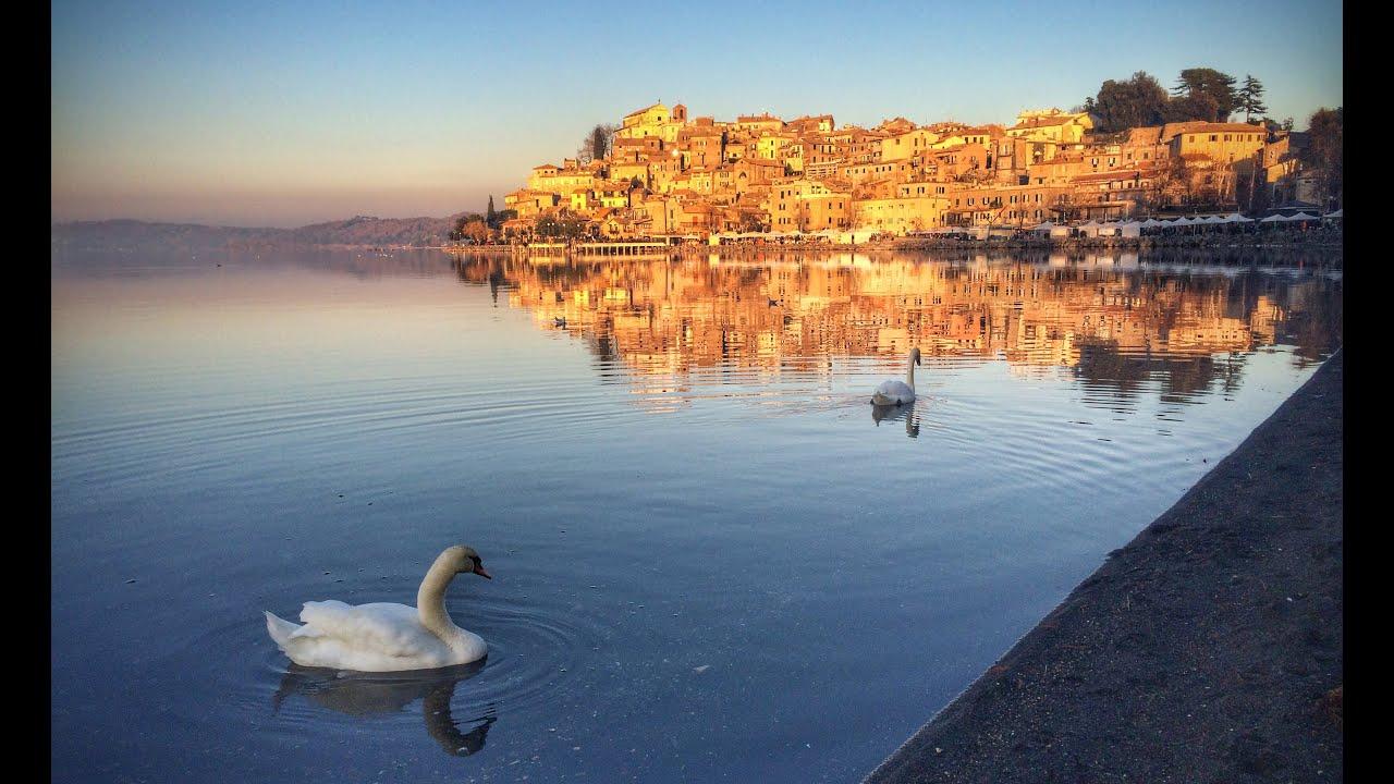Turista 22enne sparito nel lago di Bracciano