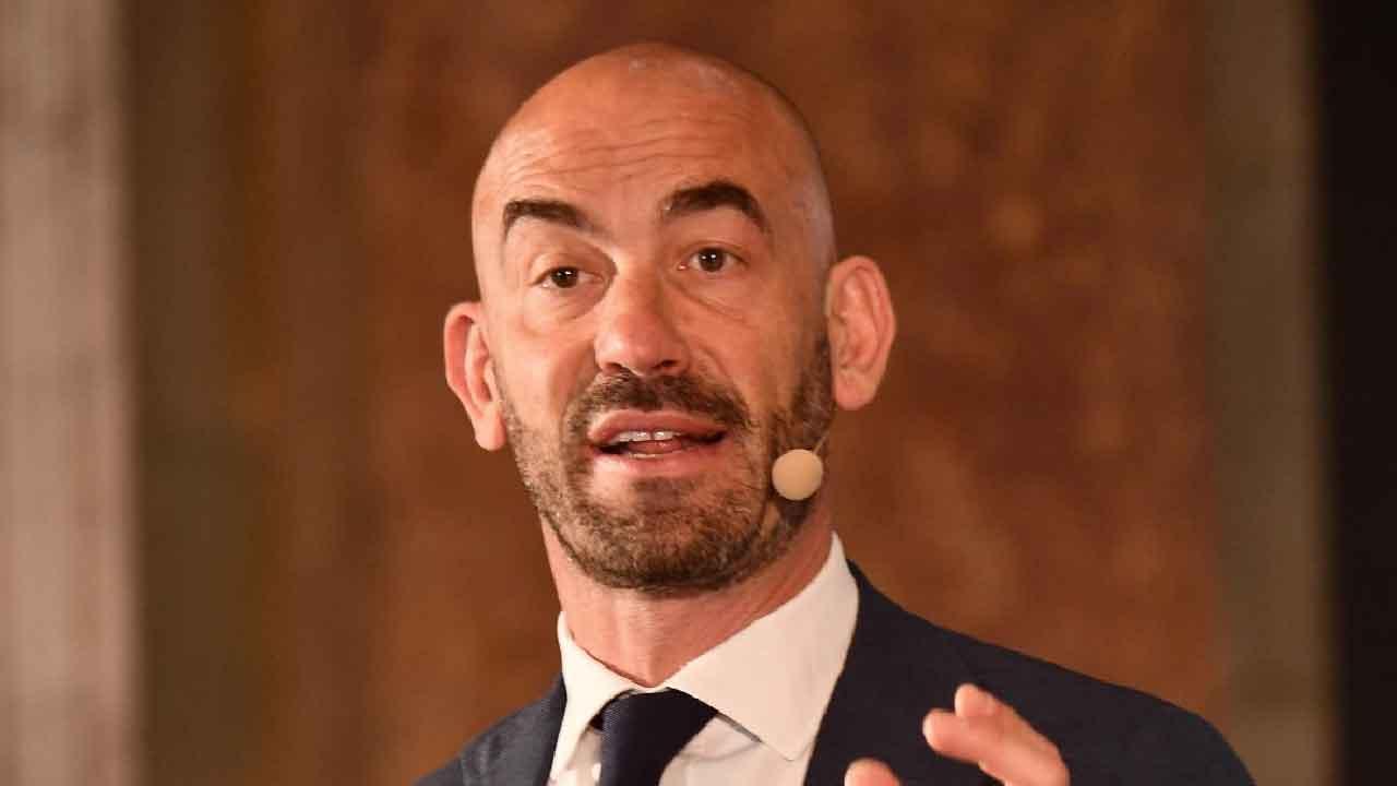 Covid, Bassetti dichiara che i ricoveri sono solo di persone non vaccinate (Foto dal web)