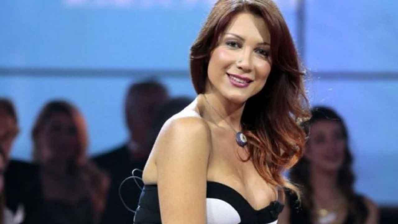 Efe Bal, chi è la trans più famosa in tutta Italia, vuole pagare le tasse (Foto dal web)