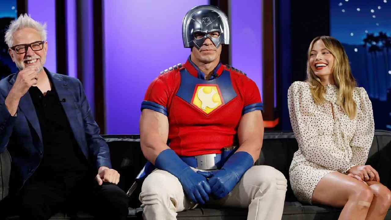 Margot Robbie, Suicide Squad l'attrice ha svelato di aver dormito con il cartonato di John Cena (Foto dal web)