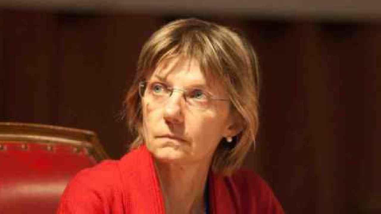 Doc - Nelle tue mani, chi è Maria Assunta la moglie psicologa del medico protagonista della serie (Foto dal Web)