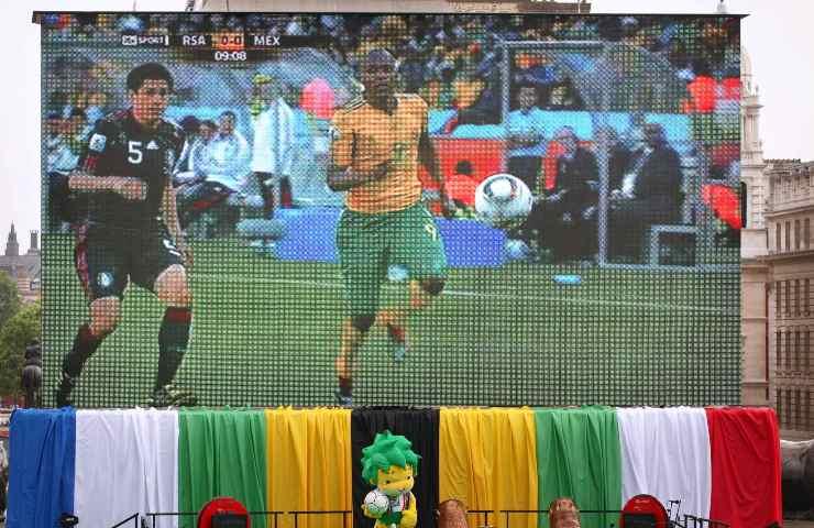 Partita di Calcio schermo gigante