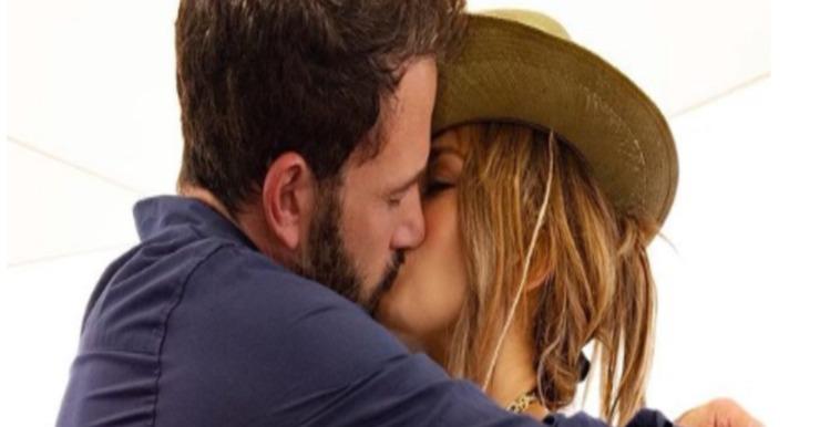 Screenshot Ben Affleck e Jennifer Lopez