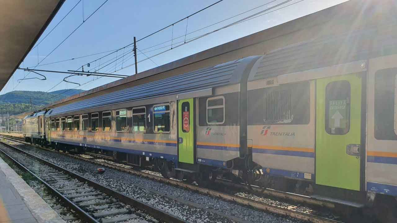 Fabriano, una 15enne viene investita da un treno (Foto dal web)
