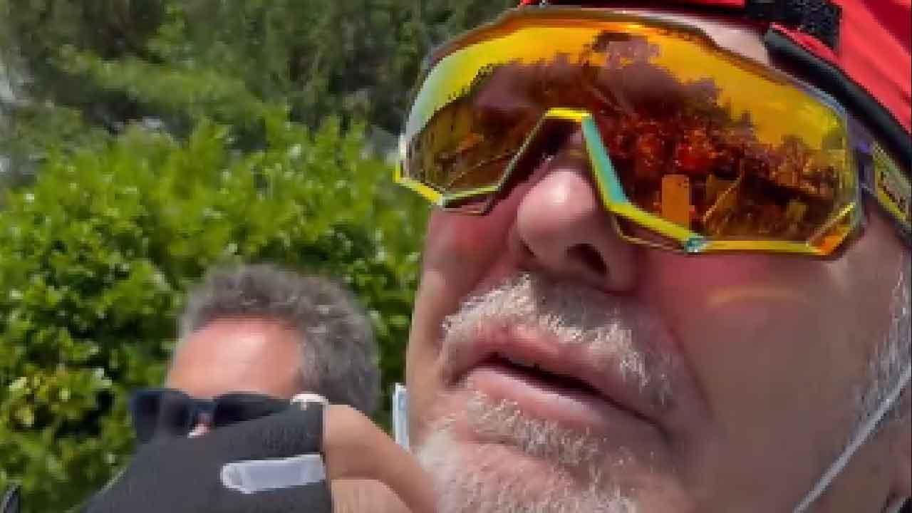 Vasco Rossi, la sua casa presa d'assalto dai fan, intervengono i Carabinieri (Instagram)