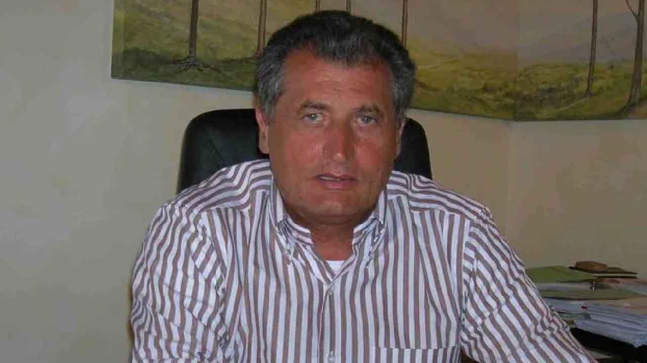 Incidente Aosta, l'ex sindaco è rimasto schiacciato da una lastra di cemento (Foto dal web)