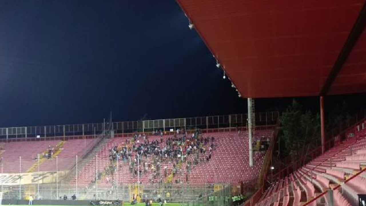 Muore tifoso bianconero, durante il match Perugia-Ascoli il 60enne muore d'infarto dinanzi a suo figlio (Foto inedita)