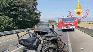 incidente sulla statale 106 jonica, tre morti