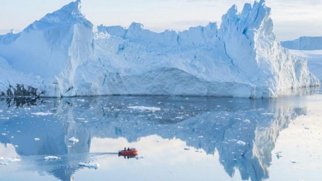 Iceberg vicino a Ilulissat, Groenlandia