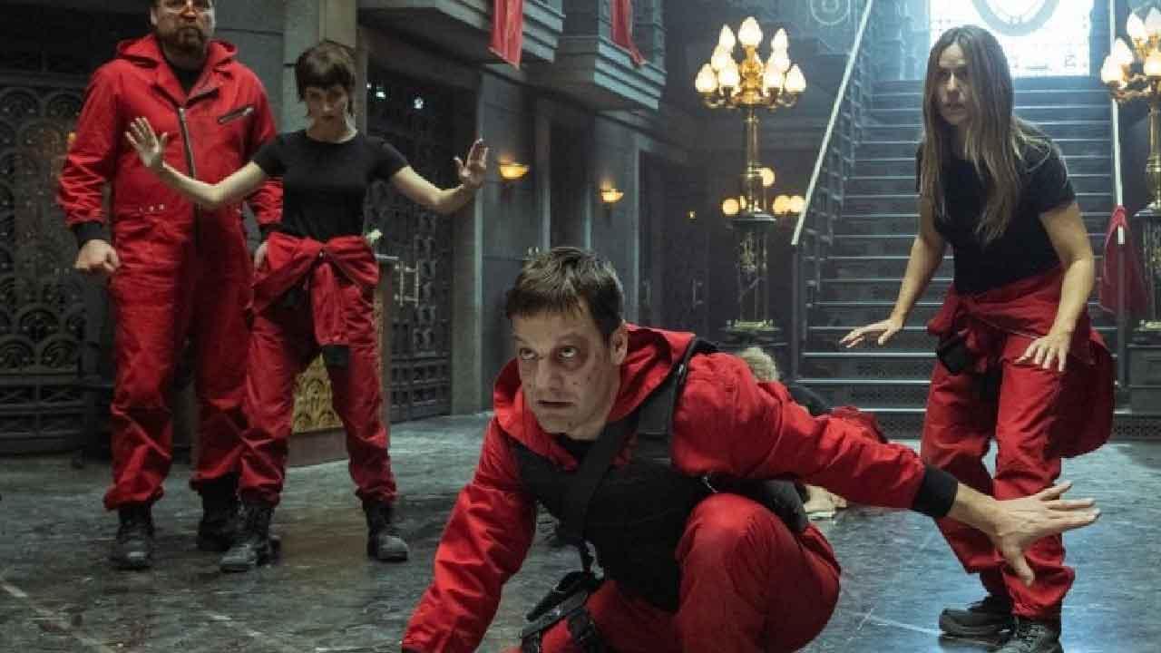 Casa di Carta 5, il colosso Netflix ha trovato un'idea geniale per contenere gli spoileratori seriali (Foto dal web)