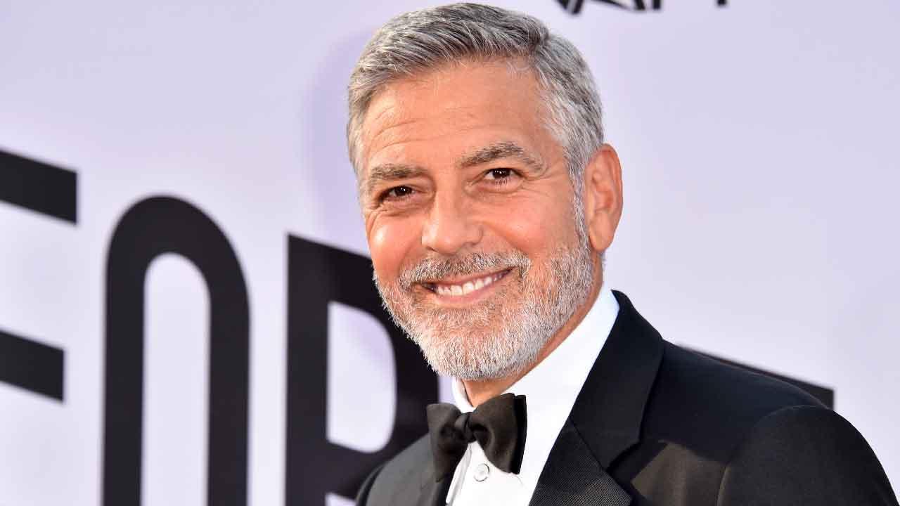 George Clooney, The Tender Bar è il nuovo film che vede l'attore nuovamente nel ruolo di regista (Getty Images)