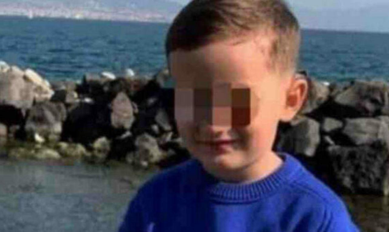 Napoli, bambino cade dal terzo piano e muore: fermato il domestico